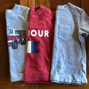 3 Gap/Old Navy tshirts in VGUC